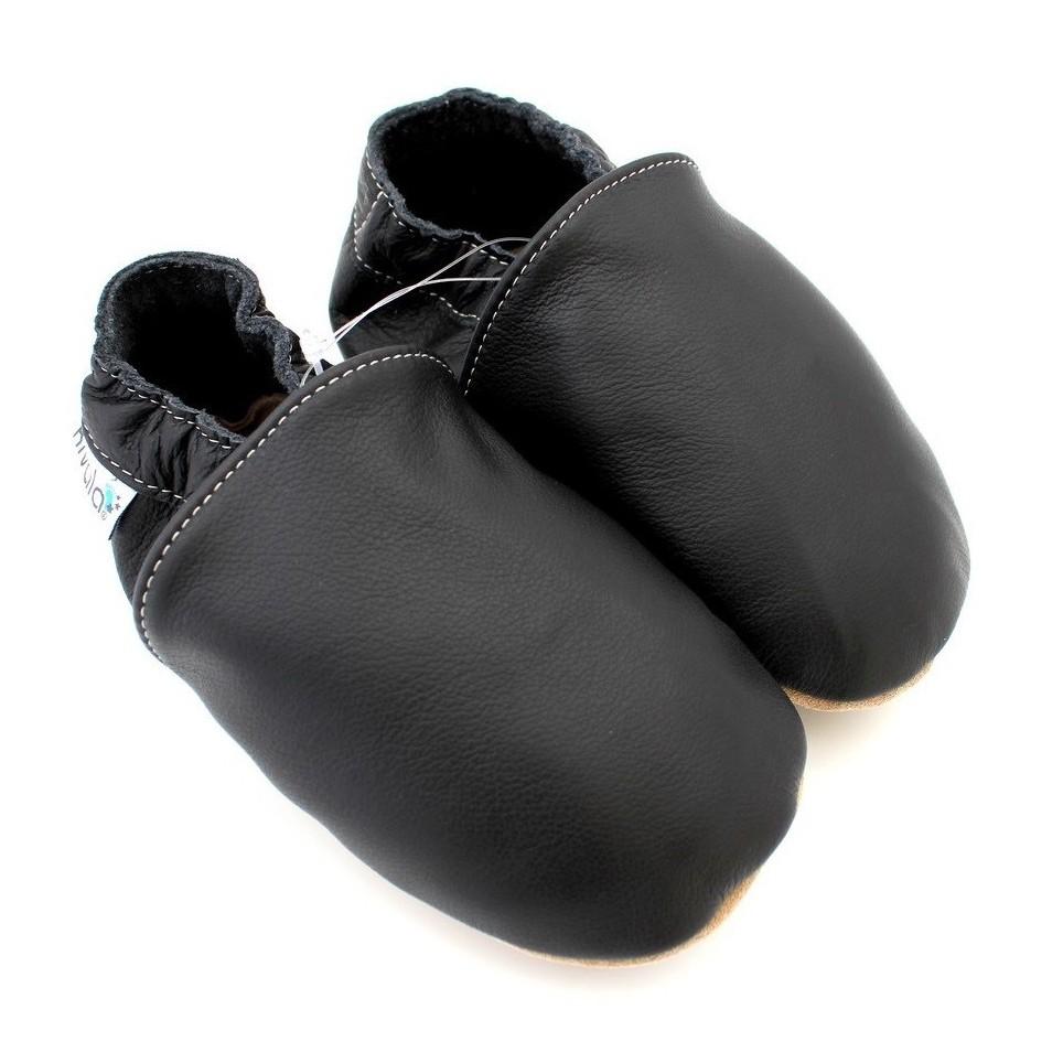 2d857e500e9 chaussons en cuir souple uni noir