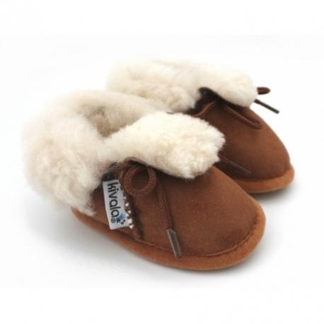 pantoufles en peau de mouton camel chaussons kivala. Black Bedroom Furniture Sets. Home Design Ideas